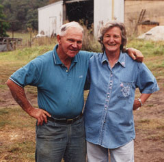 Reg & Jenny Franks - your hosts at Franks Breakaway Farmstay accommodation, Mudgee-Rylstone